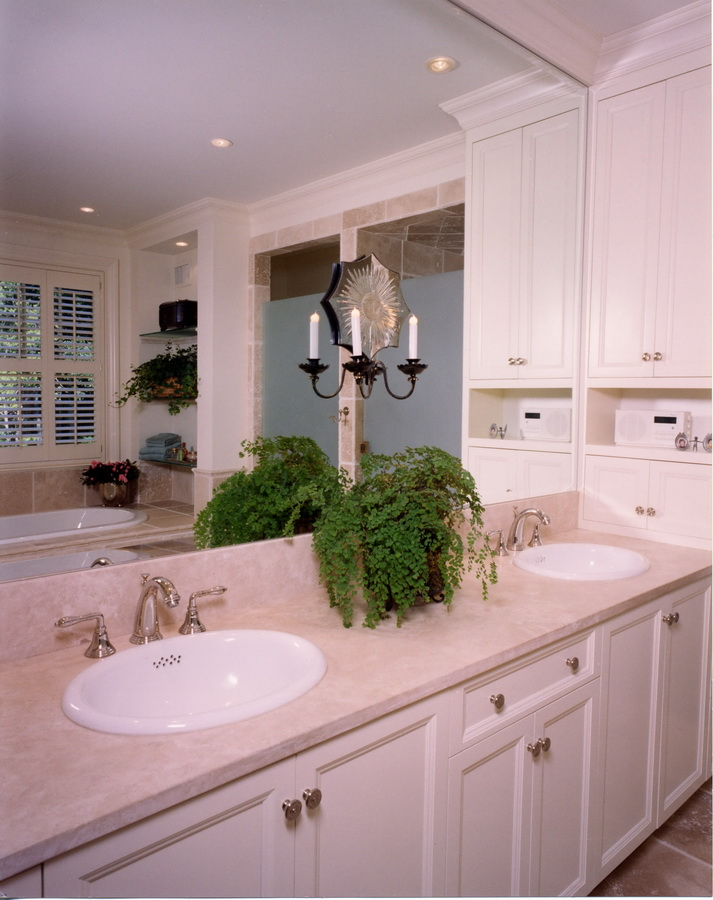 Master Bath in Shingle-style new home